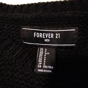 Forever 21 Sweaters - Men's Forever 21 Black Knit Sweater.